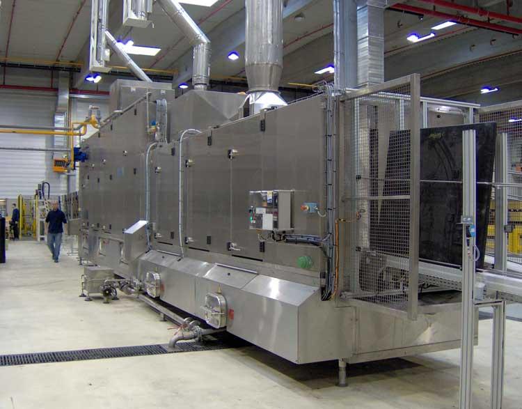 Pallet washing machine